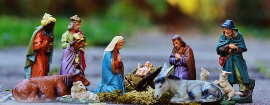 christmas-crib-figures-1060026__340